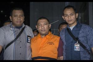 KPK Tahan Wali Kota Cilegon Usai Diperiksa