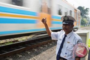 Masyarakat Sambut Reaktivasi Jalur Rel Rangkasbitung-Bayah