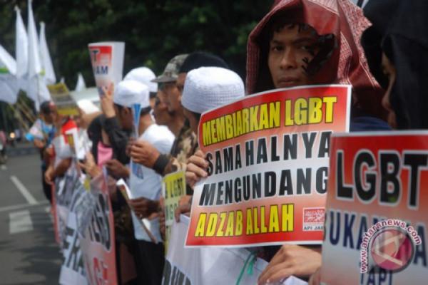 Kesbangpol Pemkab Tangerang Waspadai Kegiatan LGBT