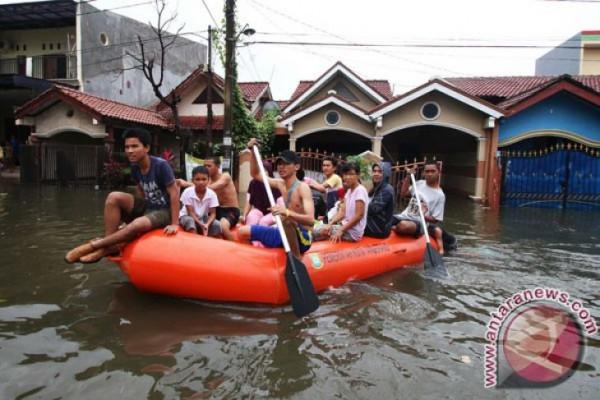 Tangerang Siapkan Alat Penanganan Banjir 13 Kecamatan
