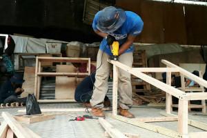Rekonvasi Bhumi Latih Produksi Furniture Dari Limbah