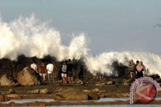 BMKG Serang Keluarkan Peringatan Dini Gelombang Laut