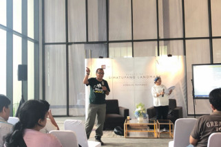 Diskusi Foto: Tb Simatupang Punya Keindahan