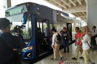 Asian Games - Atlet Manfaatkan Bus Listrik Bandara Soetta