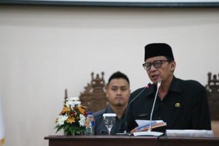 Wahidin Jawab Pandangan Fraksi Terkait APBD Perubahan