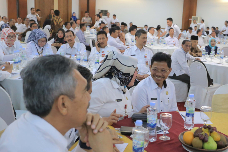 Pemprov Diminta Revitalisasi Jalan Provinsi Penyebab Simpul Kemacetan