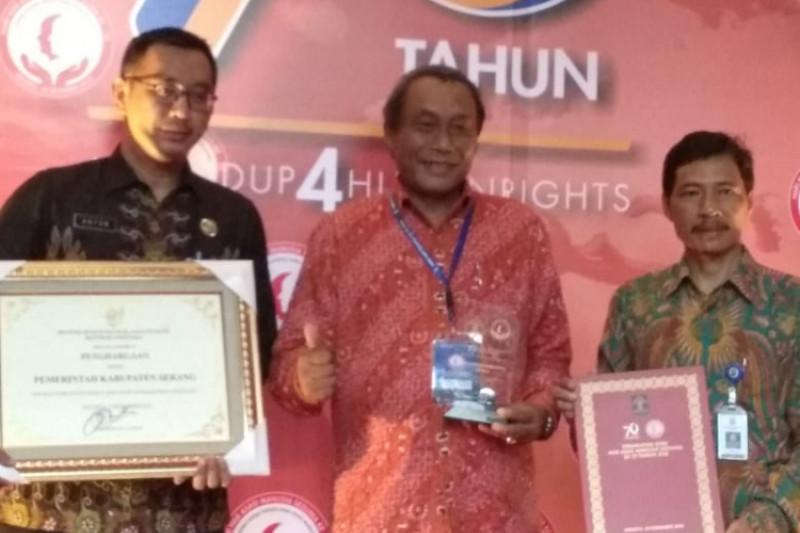 Pemkab Serang Kembali Raih Penghargaan HAM