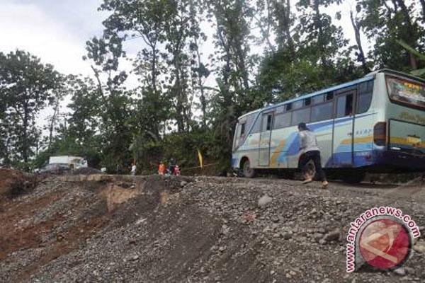 Jalan Lintas Sumatera Lahat