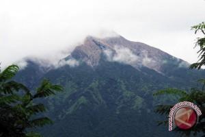 Monitoring Gunung Api Di Indonesia Rendah