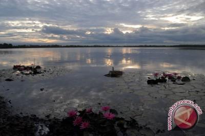 Warga minta pemerintah optimalkan wisata Danau Dendam