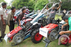 Kota Bengkulu dapat bantuan 18 traktor