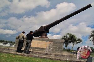 Meriam raksasa di Bengkulu selatan dijadikan monumen