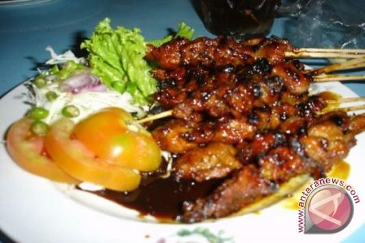 Sate Ayam Pikat Ibu Negara Yunani