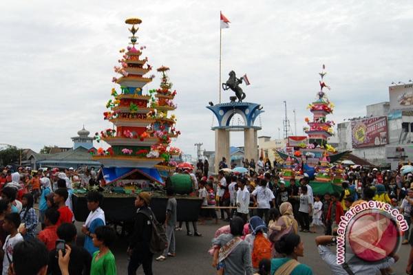 Ribuan warga Bengkulu saksikan