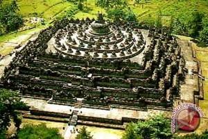 Wisatawan tak hanya lihat Borobudur