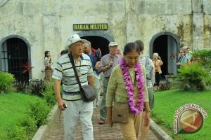 Turis asing minati wisata pasar tradisional