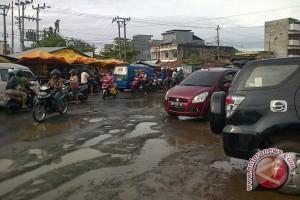 Kota Bengkulu selesaikan perbaikan jalan jelang Lebaran