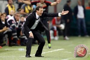 Pelatih Juventus Allegri Perpanjang Kontrak Sampai 2020