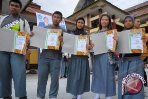 Ombudsman buka pengaduan UN SMA dan SMP