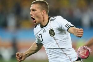 Loew sebut Podolski sebagai salah satu pemain terbaik Jerman