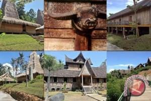 Seniman Hungaria gelar pemeran photo keindahan pulau Bali