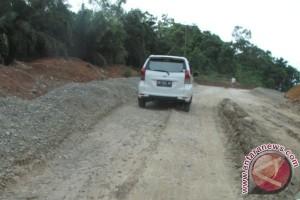 Kontraktor diminta tutup lubang Jalinsum di Mukomuko