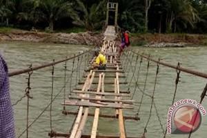 Rejang Lebong Usulkan Ganti Jembatan Gantung