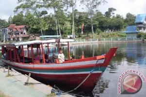 Penyewaan Perahu Diminati di Danau Mas Harun Bestari