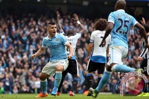 Aguero Nyatakan Tetap Bertahan Di Manchester City