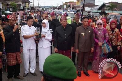 Piala Kabupaten Sehat kelima disambut secara adat