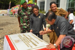 Gubernur Bengkulu resmikan kantor Bupati Rejanglebong