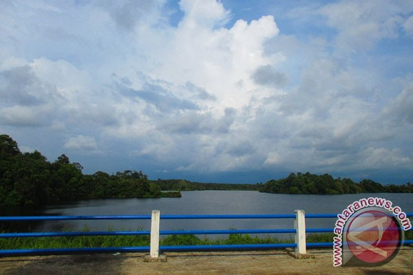 Mukomuko Mulai Membangun Fasilitas Pariwisata Danau