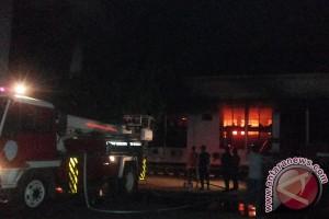 Kebakaran hanguskan gedung utama DPRD Provinsi Bengkulu