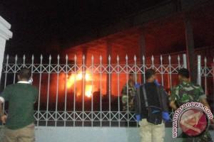 Gedung DPRD Provinsi Bengkulu terbakar