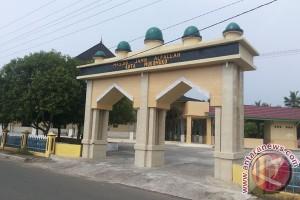 Mukomuko bantu perlengkapan ibadah untuk 30 masjid