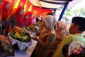 Jambar Nasi Kunyit Gurihkan HUT Bengkulu