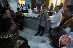 Menteri Yuddy Tinjau Pelayanan Kantor Imigrasi Bengkulu