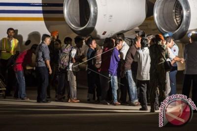 10 WNI yang disandera tiba di Jakarta