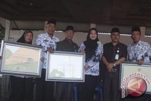 Tiga MTs di Rejanglebong terima penghargaan Mendikbud