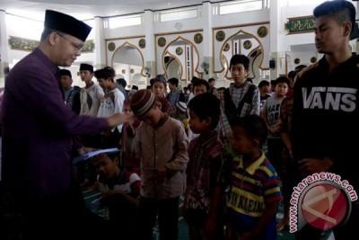 Gubernur Bengkulu santuni 1.350 anak yatim piatu