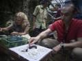 Turis Belajar Batik