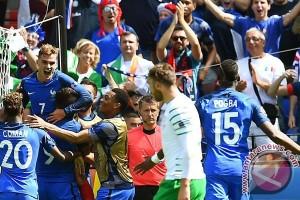 Gol ganda Griezmann antar Prancis ke perempat final