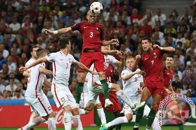 Portugal taklukkan Polandia melalui adu pinalti