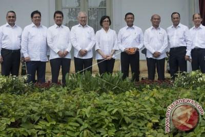 Perombakan kabinet menteri percepatan program presiden