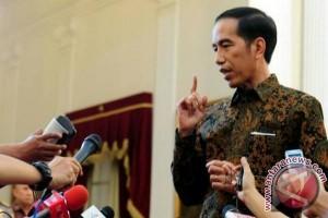 """Jokowi: Isu Di Medsos Jangan """"Dimakan"""" Mentah-Mentah"""