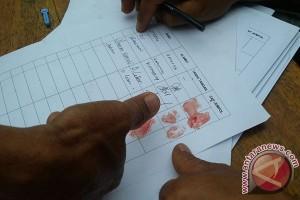 Warga 11 desa galang cap darah tolak tambang Bengkulu Tengah