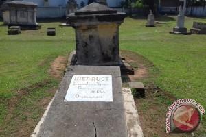 Makam Inggris Bengkulu Perlu Informasi Pendukung