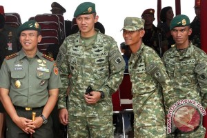 Agus Yudhoyono-Sylviana diusung empat partai Pilkada DKI
