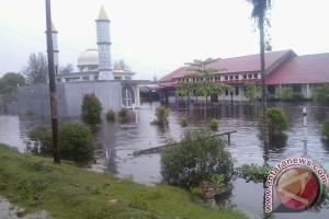 Sejumlah Jalinsum Mukomuko Terendam Banjir