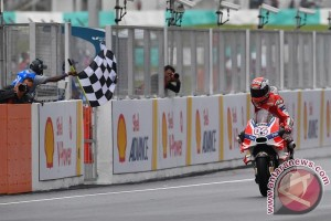 Dovizioso menangi Grand Prix Sepang